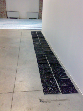 Officine dell'Arte - dai workshop di Stefano Arienti e Italo Zuffi, Prove per l'installazione di Emilia Faro